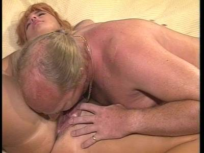 Tabuloser Outdoor Sex mit notgeilem reifem Mann